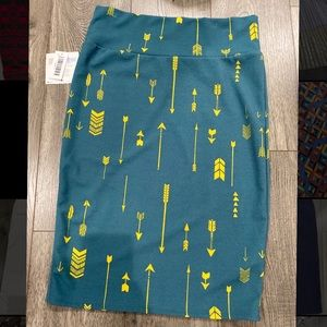 NWT Lularoe Cassie Pencil Skirt, Large
